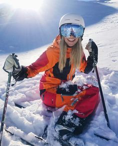 Nice and practical hairstyles for skiing in winter Snowboard 🏂 Cool Winter, Winter Snow, Winter Hair, Summer Winter, Business Outfit Frau, Ski Bunnies, Snowboarding Outfit, Snow Pictures, Snow Outfit