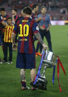 Lionel Messi of FC Barcelona celebrate after Messi scored the opening goal during the La Liga match between FC Barcelona and RC Deportivo de la Coruna at Camp Nou on May 2015 in Barcelona, Spain. Lional Messi, Messi And Ronaldo, Ronaldo Juventus, Lionel Messi Barcelona, Barcelona Football, Messi Childhood, Messi 2015, Real Madrid Atletico, Messi Videos