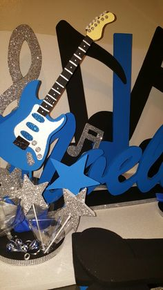 Guitar stars and musical notes birthday foam decoración blue and silver