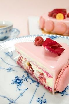 The most beautiful photo of a Parisian Macaron cake I was able to find to date. It also helps that it's on a gorgeous Royal Copenhagen plate.