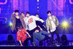 「イベントレポ」BIGBANGの系譜を継ぐ大型新人iKON(アイコン)、【iKON JAPAN DOME TOUR 2017】の熱気をそのままに追加公演開幕! | K-POP、韓国芸能ニュース、取材レポートならコレポ!