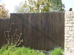 Palissade en bois Douglas planches verticales   la vie du ...