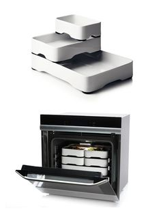 Menu's Stackable Oven Trays