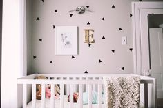 love these wall decals #theeverygirl
