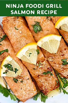 Best Seafood Recipes, Healthiest Seafood, Best Dinner Recipes, Real Food Recipes, Vegetarian Recipes, Easy Family Dinners, Easy Meals, Grilled Salmon Recipes, Seafood Dinner