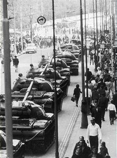 September Soviet main battle tanks line up in the streets of Prague after crushing an uprising, Czechoslovakia. (Photo by Hulton Archive/Getty Images) World History Teaching, Modern World History, History Photos, History Facts, Visit Prague, Prague Cz, Prague Spring, Army History, Occupation