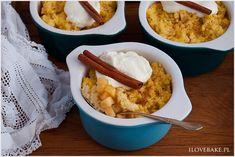 Kasza jaglana z jabłkami i cynamonem zapiekana w piekarniku. Pyszna, zdrowa i do tego pożywna. Doskonała na deser, śniadanie lub kolację.
