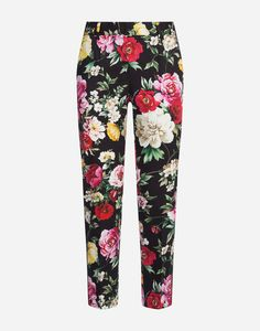 In this fresh witty collection, colorful prints are interwoven with a romantic theme. Pants in stretch cotton drill with floral print Palazzo Pants, Printed Cotton, Drill, Trousers, Pajama Pants, Sweatpants, Leggings, Shorts, Model