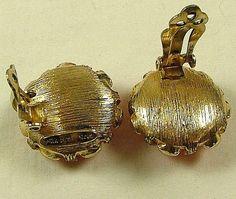 NETTIE ROSENSTEIN Necklace and Earrings Set Speckled by KatsCache, $274.95