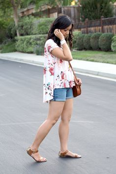 Putting Me Together: Floral Tunic + $100 Giveaway!