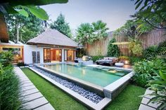 Live weather in Bali. The latest and todays weather in Bali, Indonesia updated regularly. Weather map for resorts in Bali. Small Backyard Pools, Backyard Pool Designs, Swimming Pools Backyard, Swimming Pool Designs, Infinity Pool Backyard, Villa Design, Design Hotel, Tropical House Design, Tropical Houses