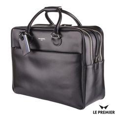 Czarna, elegancka torba na laptopa marki Jack Russell. Wyprodukowana ze skóry Saffiano. Zmieści się do niej nie tylko 15-calowy laptop, ale i kilka dodatkowych rzeczy. Kupujecie? #superprezent #lepremier