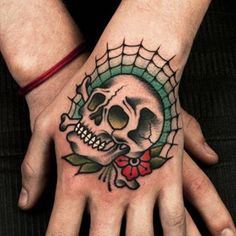 Hand Tattoos for Men: Discover Awesome Hand Ink Examples Skull Hand Tattoo, Skull Tattoo Design, Skull Tattoos, Body Art Tattoos, Sleeve Tattoos, Le Tattoo, Tiger Tattoo, Tattoo Fonts, Hand Tattoos For Guys