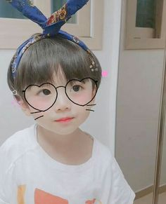 kawaii Bebe Mamang 可愛い ღ gowdak Cute Baby Boy, Cute Little Baby, Little Babies, Cute Kids, Baby Kids, Cute Asian Babies, Korean Babies, Asian Kids, Cute Babies