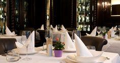 Restaurant Orpheas Restaurant, Candles, Table Decorations, Home Decor, Decoration Home, Room Decor, Diner Restaurant, Candy, Restaurants