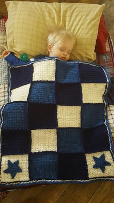 Crochet, grit stitch square, stars applique baby boy blanket