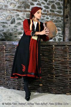 Folk costumes - Albania