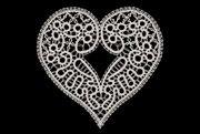Čipka motiv srce večje
