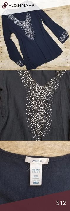 """Old Navy Sequined Tunic . Old Navy Perfect Fit Tunic Size XXL - 100% Cotton . Length 32"""" / Chest 18"""" Old Navy Tops Tunics"""