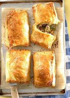 O gits! Braai Recipes, Mince Recipes, Beef Recipes, Cooking Recipes, South African Dishes, South African Recipes, Savoury Mince, Savoury Tarts, Mince Dishes