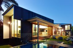 Terraced House By Shaun Lockyer Architects In Brisbane