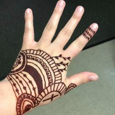 From HennaMart on Etsy: Natural PPD and Chemicals Free Handmade Henna. Mehendi, Le Tube, Body Art, Tattoos, Etsy, Unique Jewelry, Handmade Gifts, Kid Craft Gifts, Tatuajes