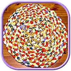 How to make rag rugs is the third page of my braided rug series of instructions. As with all my craft ideas you will find step by step instructions and photo's.