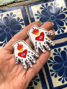 Diy Clay, Clay Crafts, Earrings Handmade, Handmade Jewelry, Hand Doodles, Clay Art Projects, How To Make Clay, Mexican Folk Art, Ceramic Jewelry