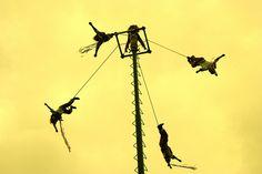 Voladores de Papantla by Annwenders