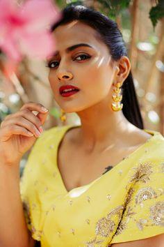 #shraddhasrinath #southindianactress #kannadaactress #sandalwood #sandalwoodactress #yellow #yellowdress #yellowfashion #drapedress #fashionmodel #modelphotoshoot Kannada Actress Photograph KANNADA ACTRESS PHOTOGRAPH | IN.PINTEREST.COM FASHION EDUCRATSWEB