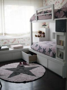 literas bien aprovechadas y estrellas para una habitación de #mellizas #gemelas