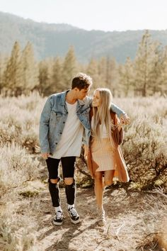 Nov 2019 - michael proposed to mccall at horseshoe bend in arizona, then they drove out to los padres national forest for their engagement photos! Cute Couple Poses, Photo Poses For Couples, Couple Photoshoot Poses, Cute Couples Photos, Couple Photography Poses, Cute Couples Goals, Couple Posing, Couple Shoot, Picture Poses