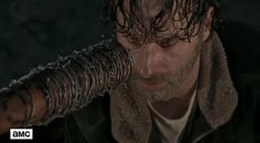 http://comicbook.com/thewalkingdead/2016/10/08/negans-victim-shown-in-new-the-walking-dead-seaosn-7-clip-at-nyc/