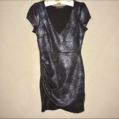 """Foreign Exchange Sparkle Mini Dress • M Foreign Exchange 90% polyester/10% spandex sparkly mini dress in a size medium (fits 4-6 well). Measures about 32"""" in length. Worn once on New Years. Bust flattering w/ gather at right side/thigh of dress. Way cute! Foreign Exchange Dresses Mini"""