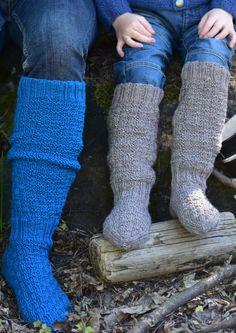 Tekstiiliteollisuus - teetee Salla Leg Warmers, Socks, Legs, Knitting, Creative, Knits, Stitches, Fashion, Hosiery