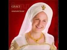 Grace, a music CD by Snatam Kaur, offers Sikh chants for Kundalini yoga and meditation. Grace Youtube, Spiritual Music, Indian Music, Restorative Yoga, Kundalini Yoga, Meditation Music, Mantra Meditation, Yoga For Kids, Music Songs