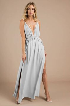 Trendy Ideas For Summer Outfits : Looking for the Starry Sky Grey Plunging Maxi Dress? Draped Dress, Dress Up, Women's Fashion Dresses, Maxi Dresses, Bridesmaid Dresses, Banquet Dresses, Maxi Romper, Pretty Prom Dresses, Pleated Maxi