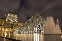 Took this foto during my visit in Paris, late at night when the crowds of tourists have left the museum. Building Exterior, Ant, Louvre, Museum, Racing, Clouds, Paris, Travelling, Buildings