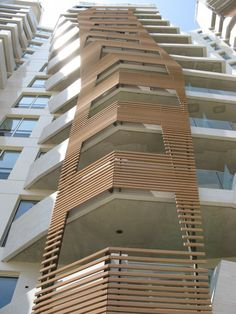 Apartments by Studio Daniel Libeskind Architects. CityLife, Milano. #modern ☮k☮ #architecture