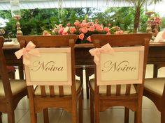 Cadeiras dos noivos!