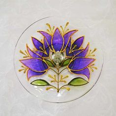 incensário novo: Incensário Redondo Mandala Tulipa Violeta Feita à mão com tinta relevo e verniz vitral Em vidro com diâmetro aproximado de 13,5 cm