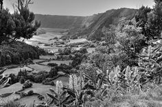 Exploring, Travelling, Portugal, River, Mountains, Nature, Outdoor, Black, Blanco Y Negro