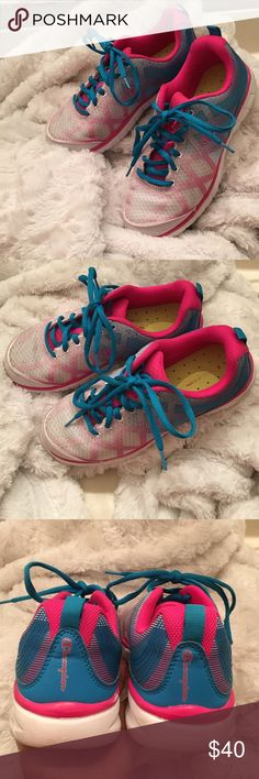 Women's Athletic Sneakers Super cute and comfortable women's sneaker! Features vibrant colors of print, blue, neon green insole and white throughout. Barely worn! Excellent Condition! 💕 Champion Shoes Athletic Shoes