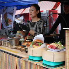 Korean burgers at the Street Food Festival in Zürich (May 30, 2015)