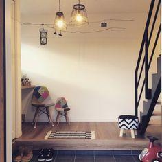 3 Skillful Cool Tips: Modern Minimalist Interior Tile minimalist bedroom wood floor.Minimalist Interior Bedroom Closet Ideas minimalist home living room apartment therapy. Modern Minimalist Bedroom, Minimalist House Design, Minimalist Home Interior, Minimalist Decor, Minimalist Apartment, Minimalist Kitchen, Minimalist Living, Bedroom Wall Colors, Bedroom Decor