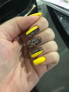 Nail Art magnetic designs for fascinating ladies. Ten Nails, New Year's Nails, Nail Art Design Gallery, Best Nail Art Designs, Two Color Nails, Nail Colors, Bright Nails, Yellow Nails, Long Square Nails