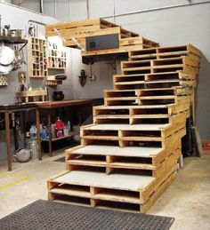 Pallet Stairs - DIY Projects Out of Old Pallets - 101 Pallets