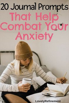 20 Jourrnal Prompts That Help Combat Your Anxiety. Anxiety tips, mindfulness, mental wellness tips Types Of Anxiety, Signs Of Anxiety, Anxiety Tips, Anxiety Help, Social Anxiety, Health Anxiety, Ways To Reduce Anxiety, Overcoming Anxiety, Health