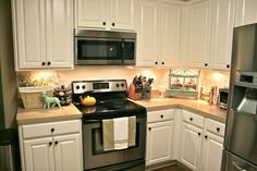 RUSTOLEUM makes a KIT to resurface my kitchen cabinets!!!!!!!!!!! THIS IS MY GOLD MINE!!!! STARTING THIS WEEKEND!