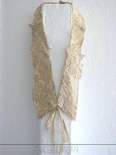 Collar piece by Maleen Dalan